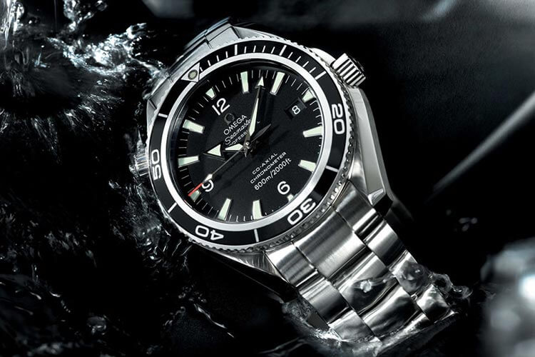 omega - seamaster - james bond