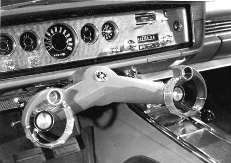 """Ford """"Wrist-Twist"""" rendszer - férfimagazin - autó - Ford"""