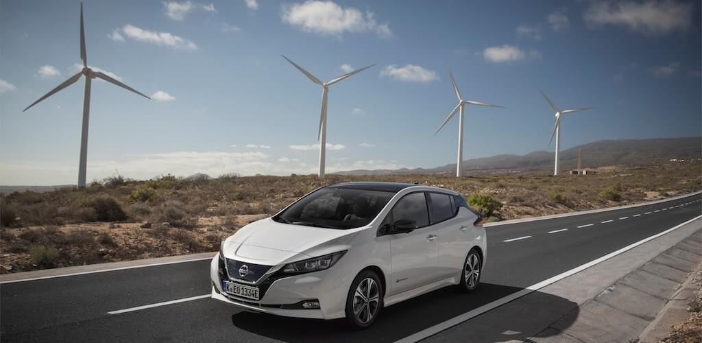 Nissan Leaf - elektromos autó - férfimagazin