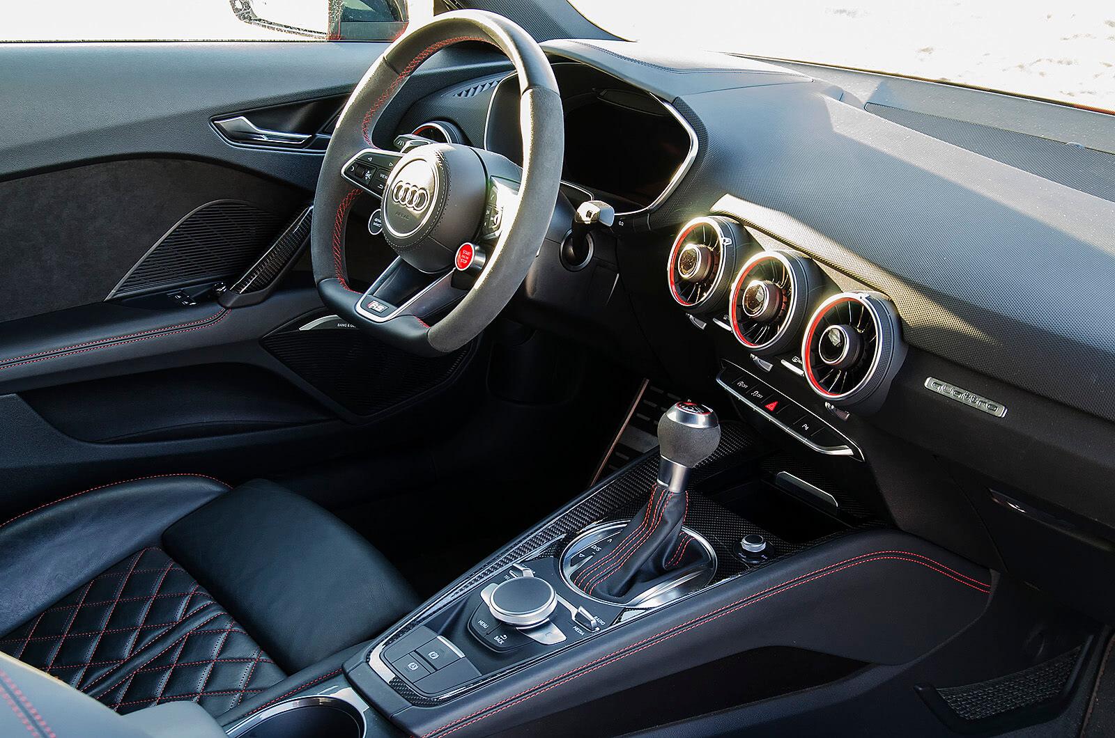 Audi - Audi TTRS - férfimagazin - teszt