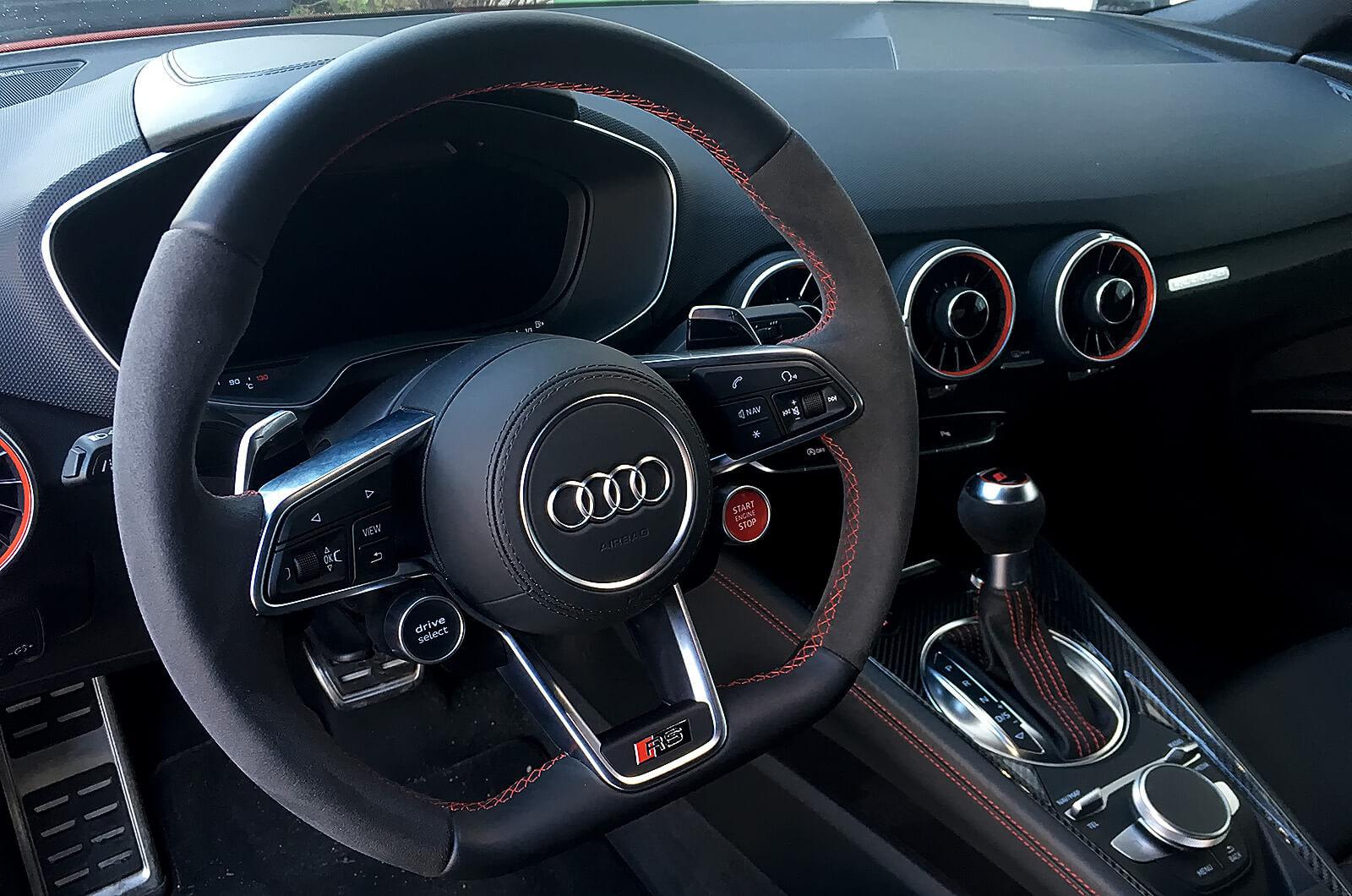 Audi TTRS - sport - tesztautó - férfimagazin