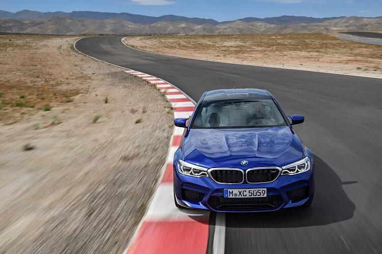 BMW M5 - COTY - BMW - férfimagazin