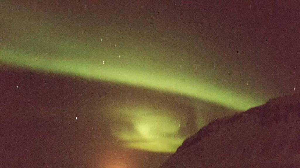 izland - sarki fény - utazás - férfimagazin