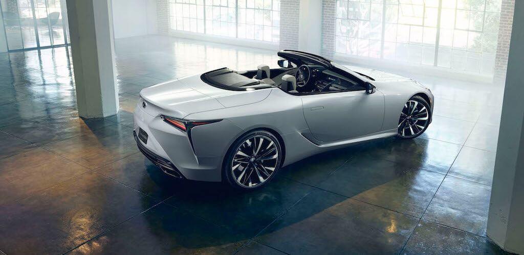 Lexus LC kabrió