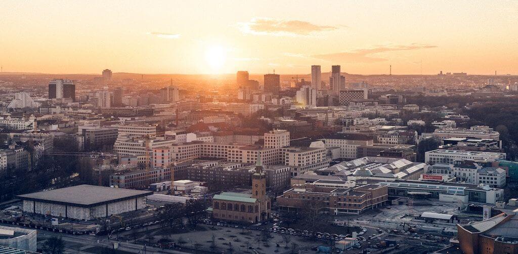 Berlin - ingatlan - Budapest