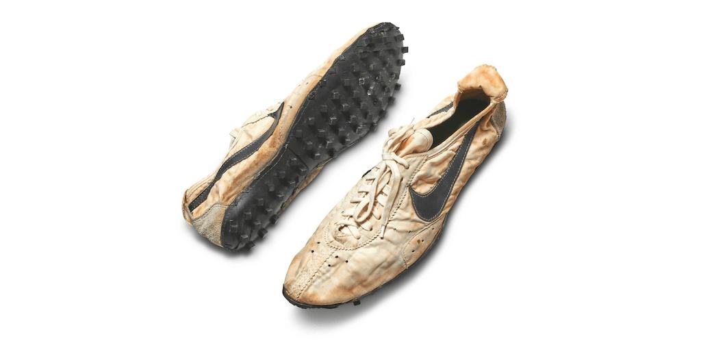 Nike Moon Shoe - Aukció