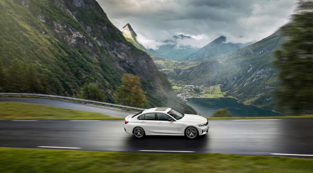 új BMW 2020