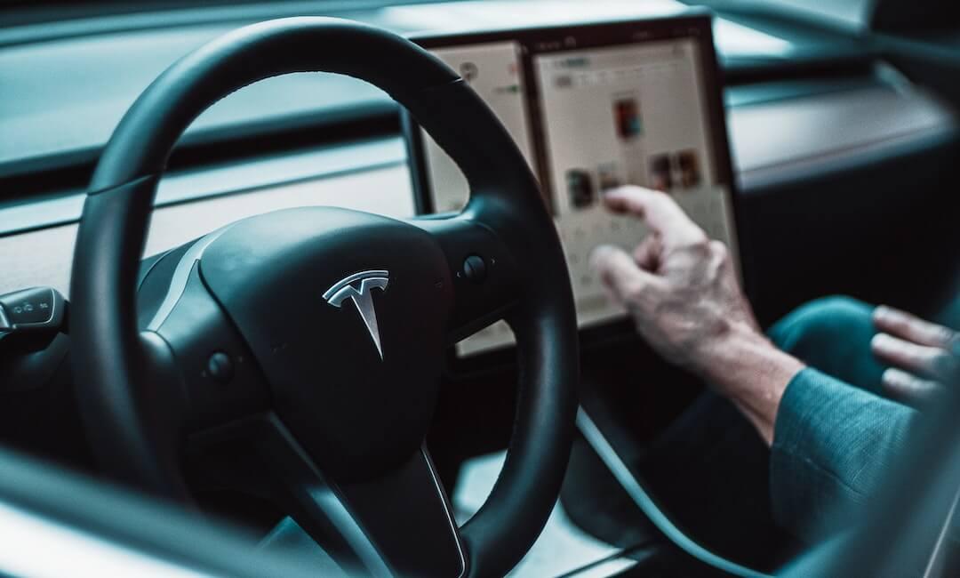 Tesla részvények 2020