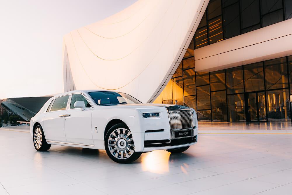 Rolls-Royce - tradíció - modern - luxus