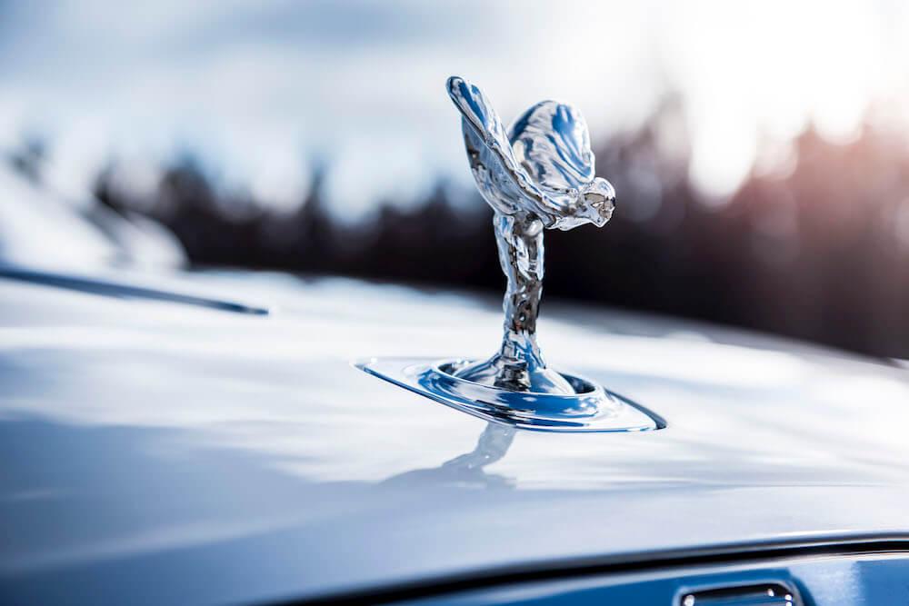Rolls-Royce - ikonikus - szobor