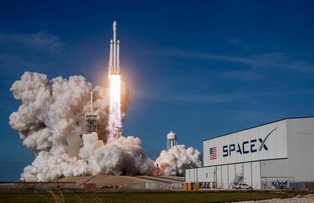 Elon Musk - SpaceX - 2020 - május