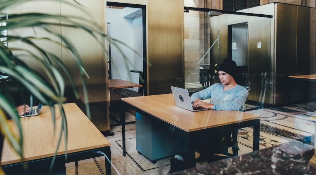 munkahelyi stressz - iroda