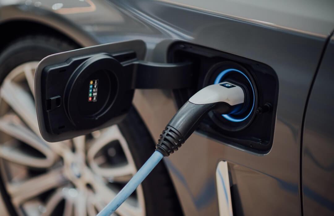 elektromobilitás - 2021