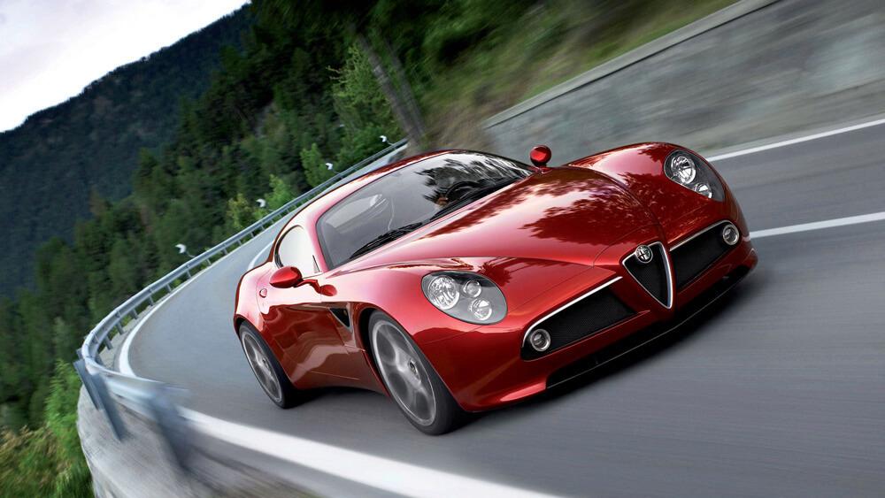 Alfa Romeo - 8C Competizione