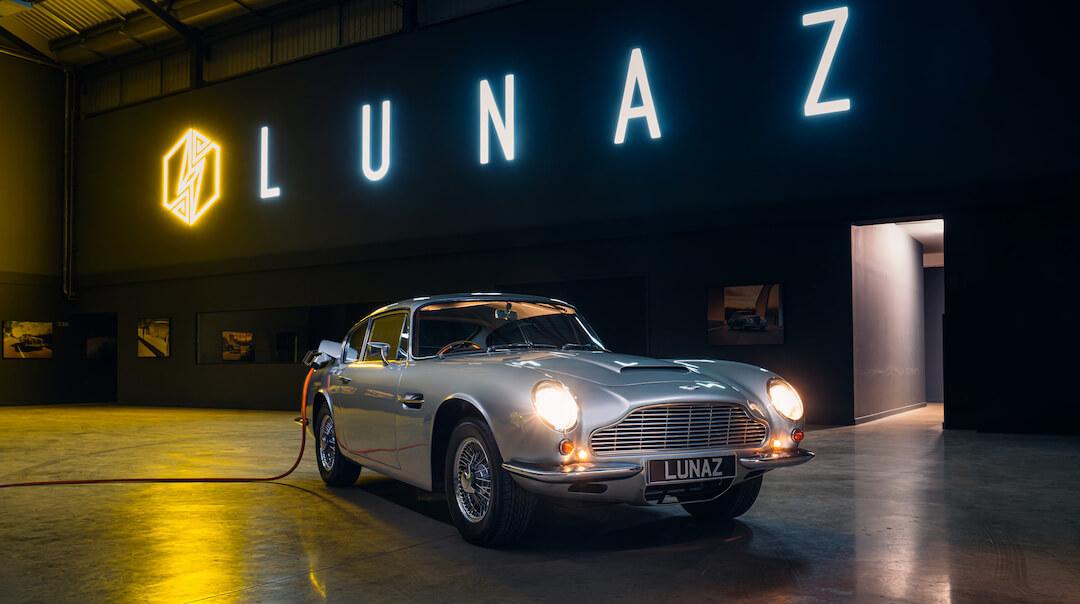 Aston Martin DB6 - Lunaz - elektromos autó